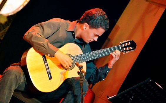 Turismo em São Gonçalo do Rio Abaixo: Músico São Gonçalense inicia  turnê que vai levar ...