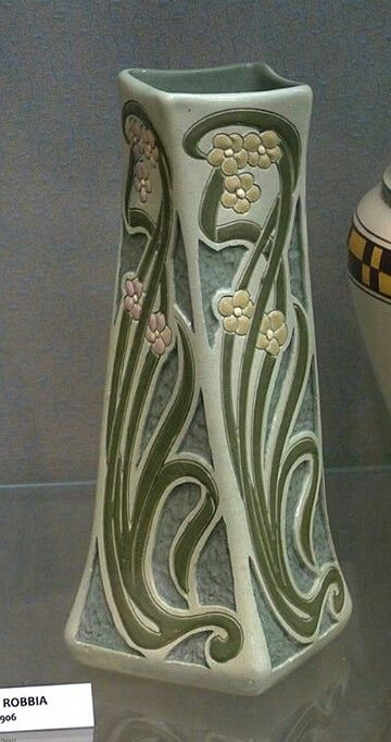 Roseville Pottery - Della Robbia - Wisconsin Art Pottery Association: