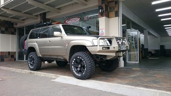 "Nissan Patrol 6 "" lift on 35 ""Maxxis by 4x4 Works Ermelo"