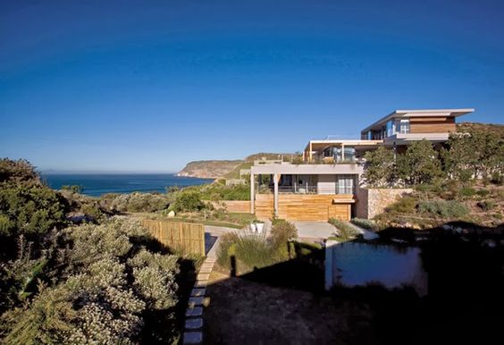 Impressive home in South Africa, by SAOTA
