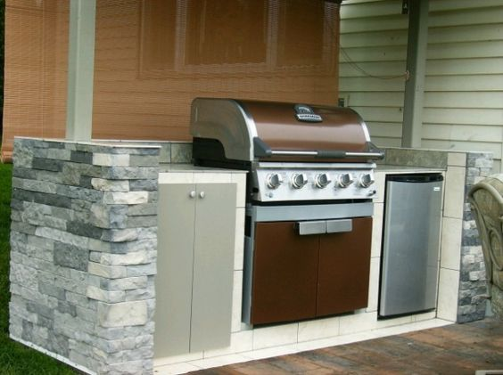 Outdoor kitchens diy outdoor kitchen and outdoor on pinterest for Outdoor kitchens on a budget