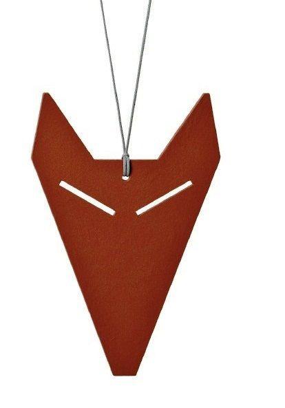Otto Kunzli pendentif 'Fux' 2010 aggloméré, couleur alkyl lino,rouge de Falun (EXPO Cagnes-s-mer)