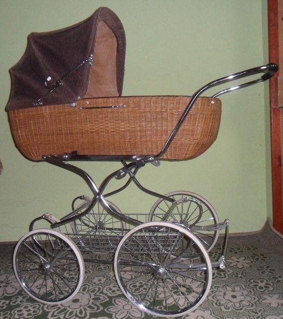 Klassisch ellegant Ratan Nostalgie Retro Kinderwagen wie Nobelauto - BERLIN | eBay - Auktionsende: 112,51 €