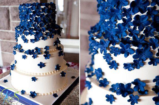 15 blume dekoration hochzeitstorte blau weiss Eine blaue Hochzeit ...
