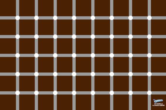 Oreo Cookies - Optical Illusion