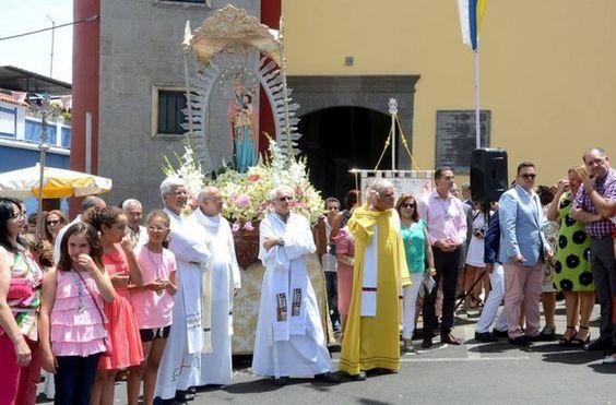 Feria de ganado y procesión de la Virgen de Las Nieves en la fiesta de Lomo Magullo