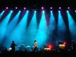 Resultado de imagem para show de luzes baladas