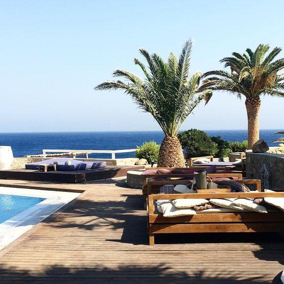 Discovering an other hotel  @sangiorgiomyk #palms #mykonos