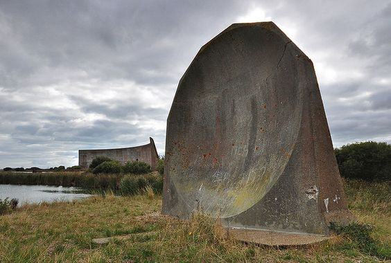The Sound Mirrors, also known as Acoustic Mirrors, Concrete Dishes or Listening Ears, were built in the 1920s and 1930s as part of an early warning system for Britain to detect enemy aircraft.