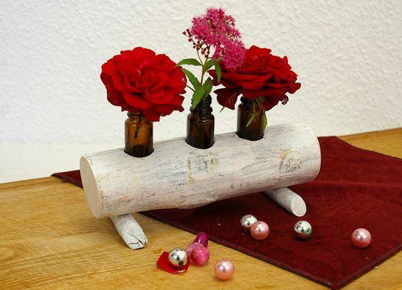 Vasen im Treib Holzständer Blumenvase Vasen-Objekt von SchlueterKunstundDesign - Wohnzubehör, Unikate, Treibholzobjekte, Modeschmuck aus Treibholz auf DaWanda.com