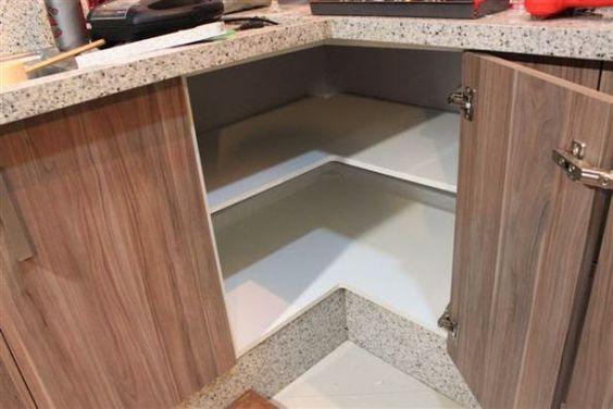 5 Dicas para você fazer a marcenaria da sua cozinha e ganhar mais espaço e organização.