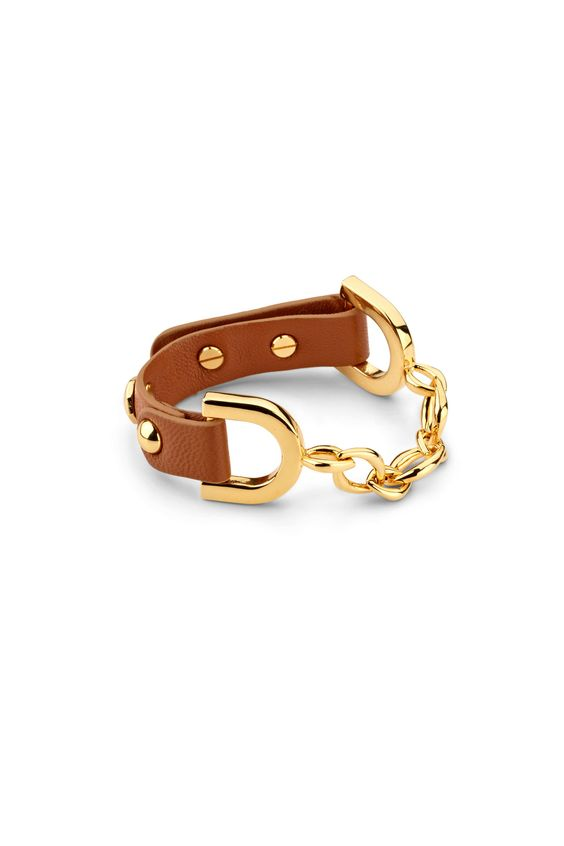 Our chain detailed leather bracelet is a must have! Comes with a manufacturer lifetime warranty