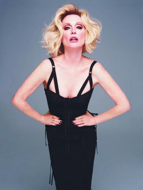 Julianne Moore Blonde by proxy