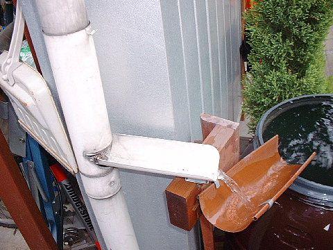 天水樽 雨水樽 画像あり 雨水 雨樋 家 づくり
