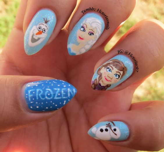 I know a lot of awesome ladies have already done Frozen nails, but I wanted to give them a shot also! I thought it was such a cute movie!