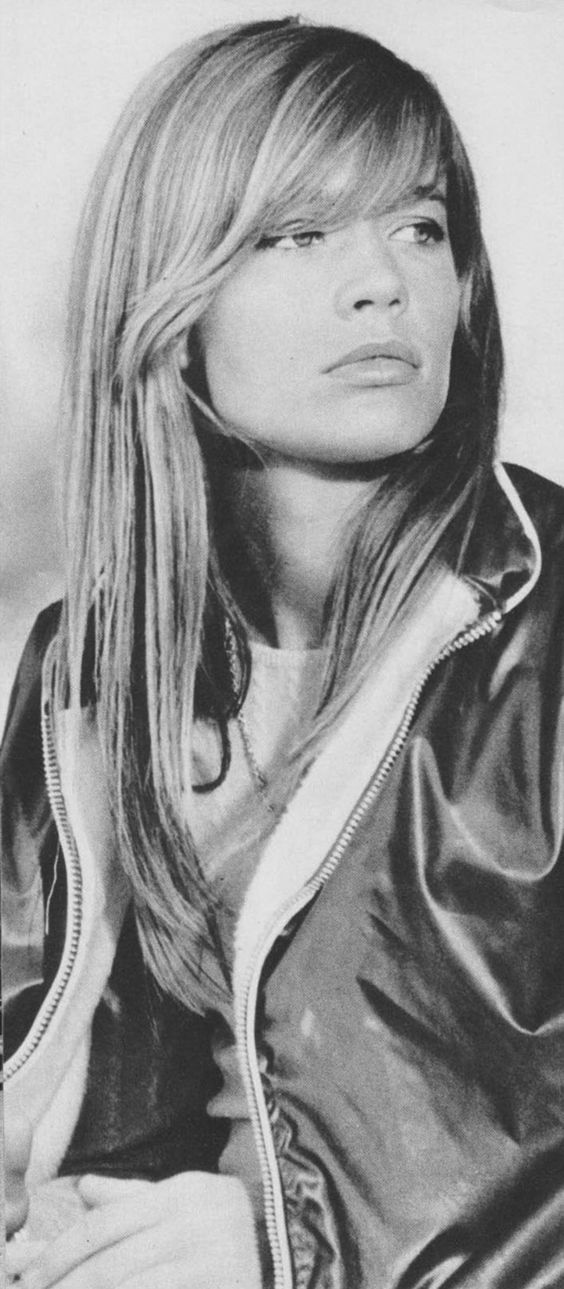 Françoise  Hardy  is a French singer, actress and astrologer. Hardy is an iconic figure in fashion, music and style.