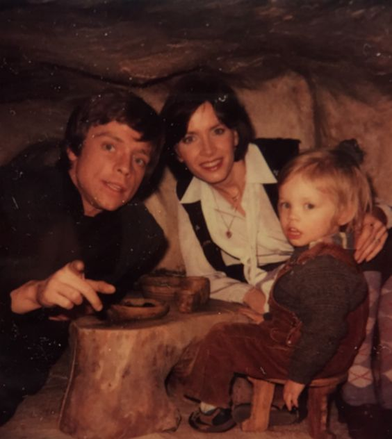 "Mark Hamill's personal photos from filming ""Return of the Jedi"" (1983) including his wife and son visiting the sets - Album on Imgur"