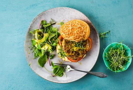 Veganer Kichererbsen Burger Einfach Lecker Rezeptideen Fur Jeden Tag Rezept In 2020 Einfach Lecker Rezepte Kichererbsen