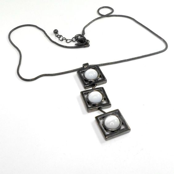 EXPRESS Chain necklace gunmetal square links pendant cats eye signed 15 1/2  #Express #Pendant
