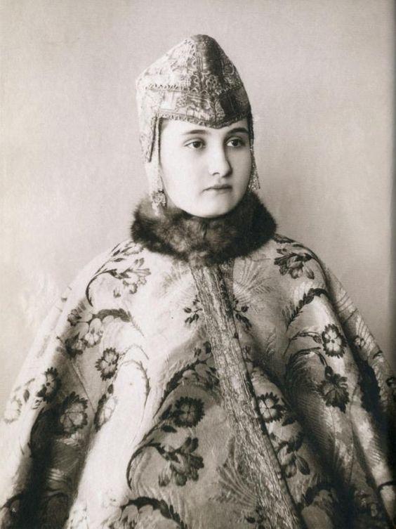 Kokoshniki - ロシア美人クラウン - フェアマスターズ - 手作り、手作り