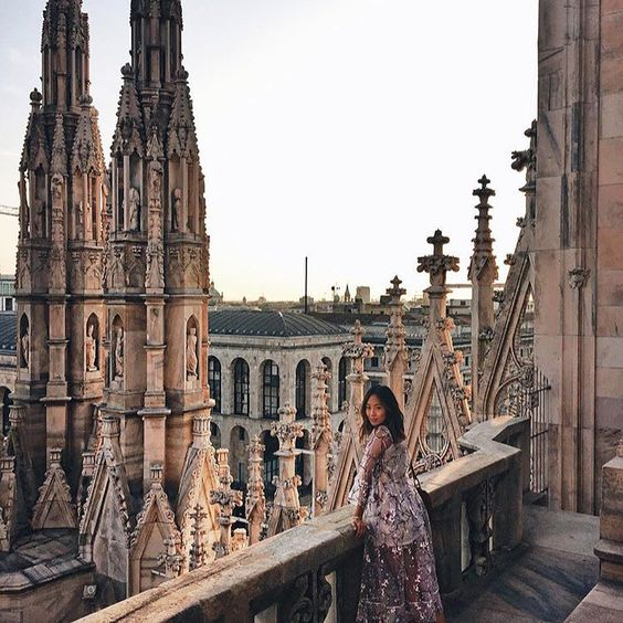 """This may be one of the prettiest pictures we've ever seen 😍 #regram @songofstyle #Milan #cathedral #pictureperfect ✈️💒"""