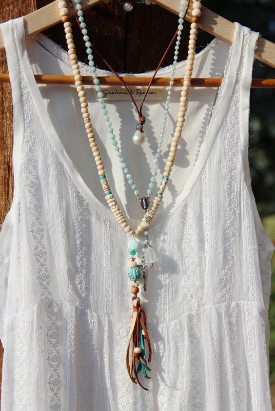 Os long talon Tassel collier, perles en os Tribal blanc crémeux, cuir Tassel, opale sculpté perle Turquoise, Peru, longue couche, Boho Chic