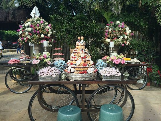 Casamentos na praia, em Búzios, no campo. Festas não convencionais. Casamentos criativos e diferentes. Mini Wedding.