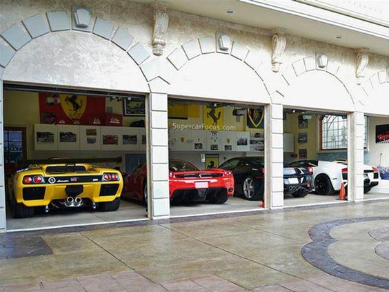 Dream garage garage and lamborghini on pinterest for How large is a one car garage