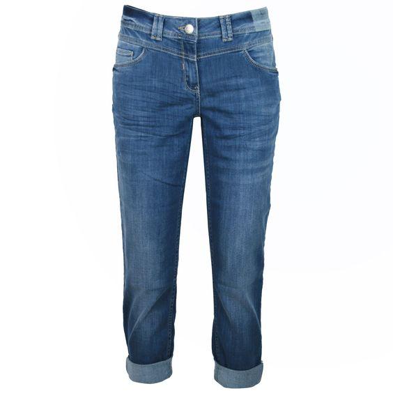 Cecil Damen Stretch Capri Jeans / Form: Charlize Tapered / Farbe: mittelblau angewaschen - FarbNr. 10315 / im Cecil Jeans Online Shop