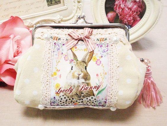 他にはない!!ウサギちゃんの魅力たっぷりながまぐち完成しました♡プチうさぎがま口ポーチ♪タッセルSET!水玉頒布系生地★しっかりした生地とぷっくりな形がキュー...|ハンドメイド、手作り、手仕事品の通販・販売・購入ならCreema。