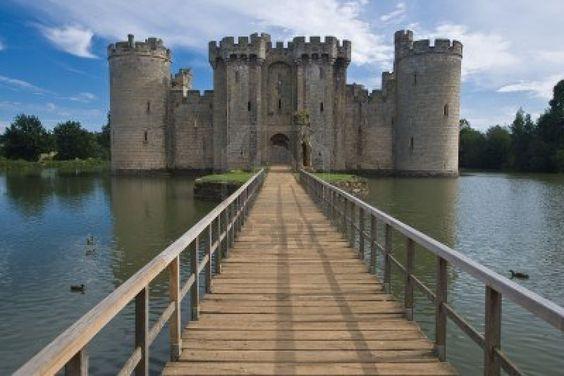 Château Bodiam_Sussex est Angleterre