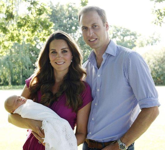 Veja a primeira foto oficial do filho de Kate Middleton e príncipe William