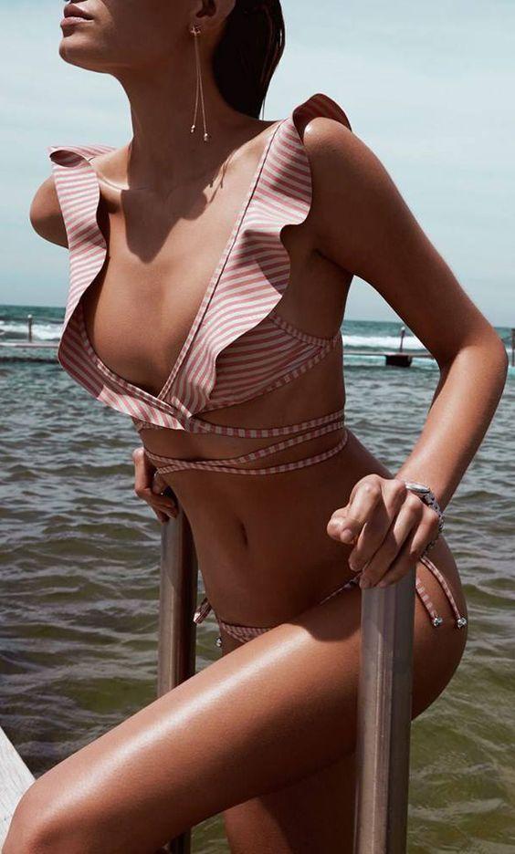 Ruffled wrap bikini: