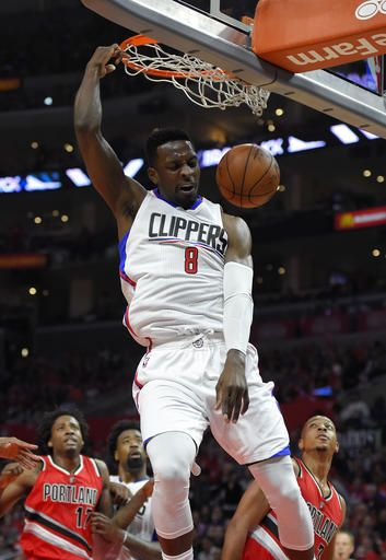 LOS ANGELES (AP) — Damian Lillard finally made his first field goal early in…