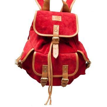 #Pinspiration. Bag bag bag. Backpack red suede and biege leather straps