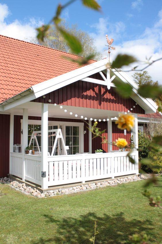 Schwedenhaus mit veranda  Schwedenhaus, Veranda | Haus Fassade u Veranda | Pinterest | Veranden