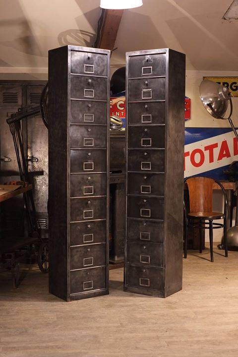 Meuble Industriel A Clapets Ancien Plus D Info Sur Http Ift Tt 1j72nm2 Deco Design Antiquitesdesign Loft Meubles Industriels Design Industriel Industriel