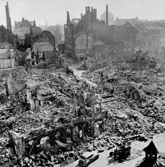 The bombed city of Nuremberg. April-May 1945//Robert Capa
