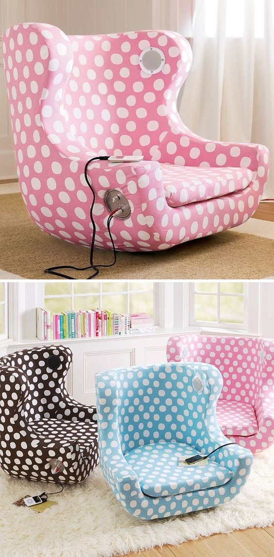 I'm just loving this spotty dotty chair - iChair - has an iPhone / iPod dock with built-in personal speakers! #product_design #furniture_design