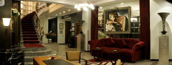 Pour plus d'informations veuillez visiter notre site-web     www.hotelledoge.com