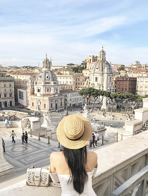 Tina Travels: Piazza Venezia, Rome, Italy - Grand Views & Even Grander Structures | Of Leather and Lace