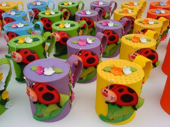 Bote de goma eva dulceros o goloconeros pinterest for Botes de cocina decorados con goma eva