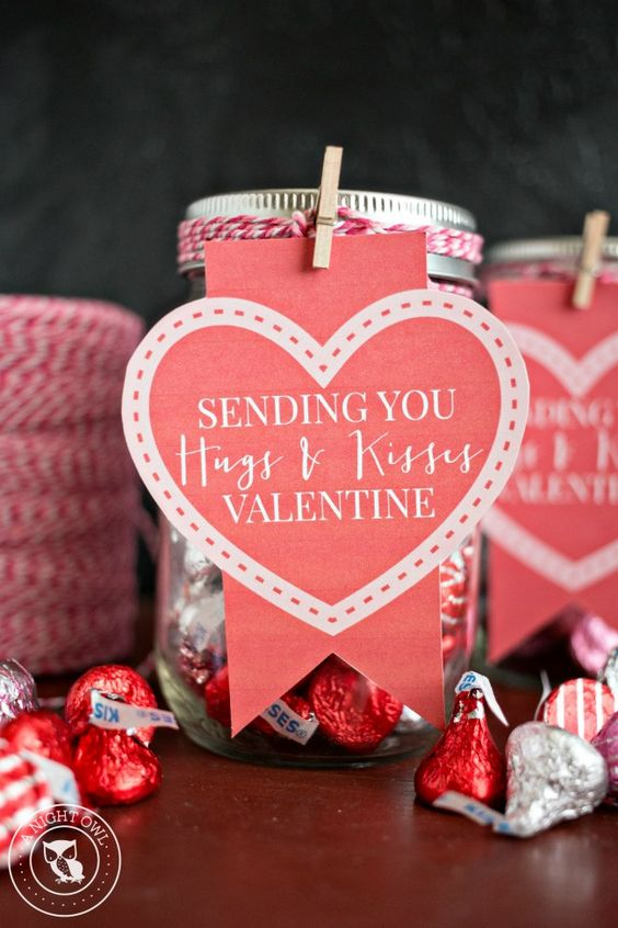 Send a mason jar of Hershey's kisses this Valentines' Day with a free printable message!