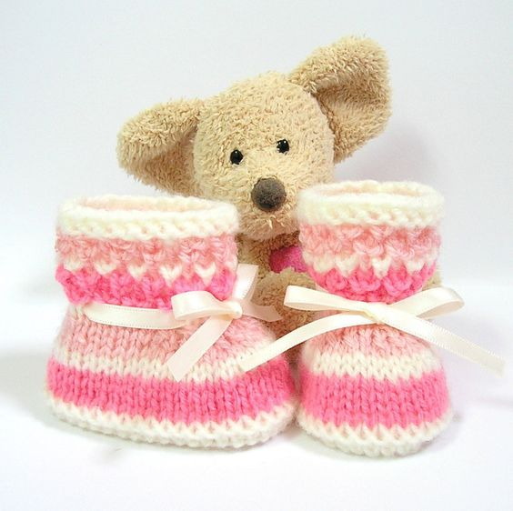 Hand knitted pink and ivory baby booties size 0/3 by Tricotmuse