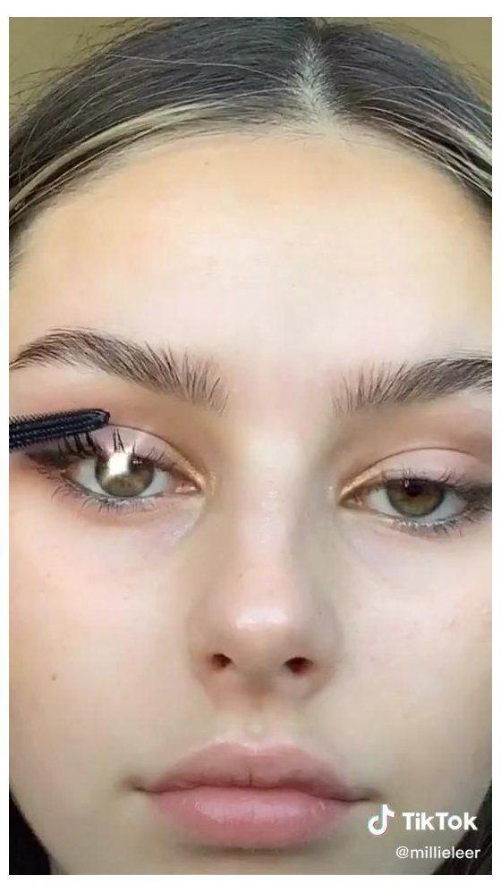 Tik Tok Tik Tok Tips Makeup Tutorial 70s Makeup Eyes Eyeliner 70smakeupeyeseyeliner Fox Eyes Tutorial Eye Makeup Tutorial Makeup Tutorial Skin Makeup