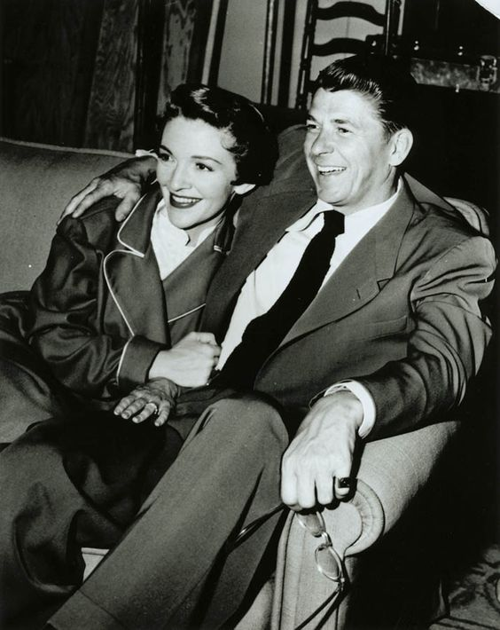 Ronald and Nancy Reagan.: