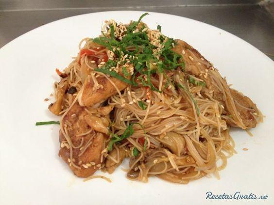 Espaguetis asiaticos