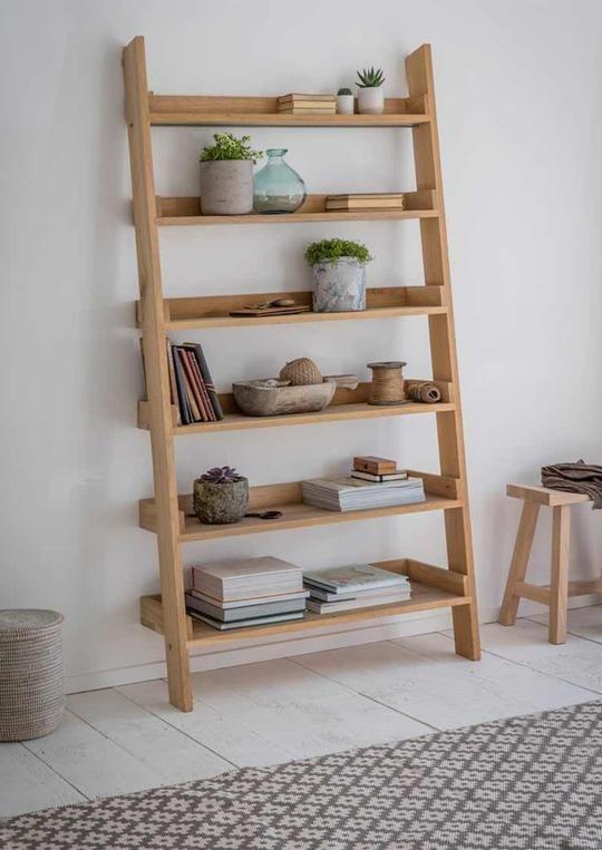 Raw Oak Ladder Bookshelf Large This Beautiful Raw Oak Ladder Bookshelf Provides A Practical Solution To All Oak Ladder Shelf Ladder Shelf Ladder Bookshelf