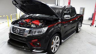 Insolite : 800 chevaux dans un Nissan Navara