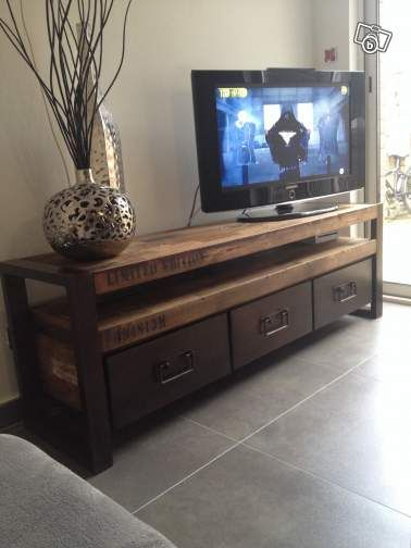 Tiroirs tvs and tiroirs on pinterest for Meuble tele en coin